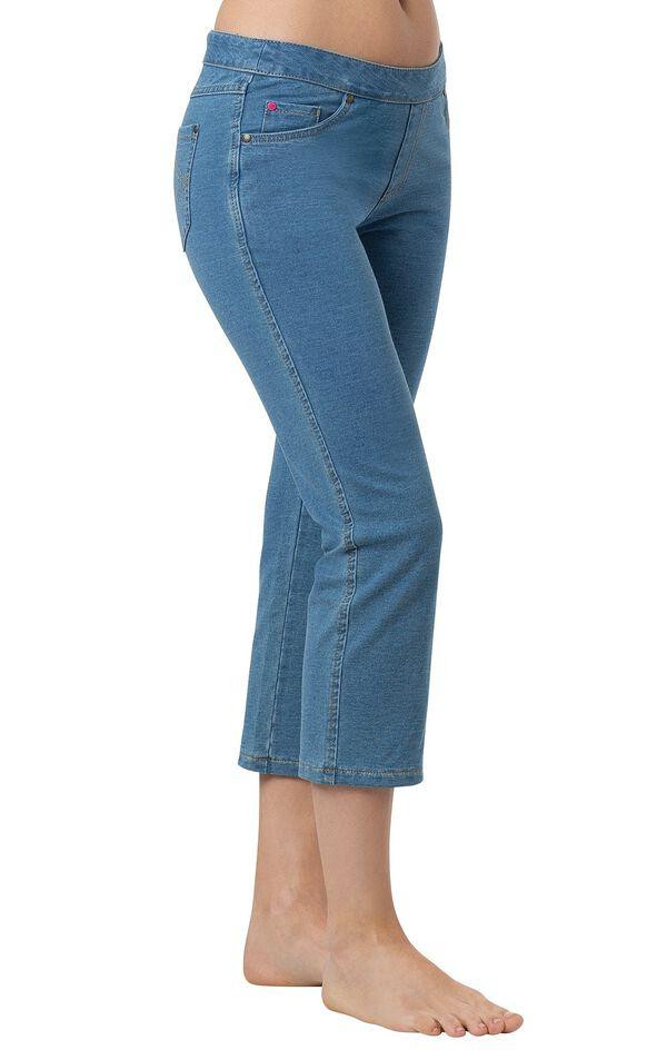 Model wearing PajamaJeans Capris - Bermuda Wash image number 0
