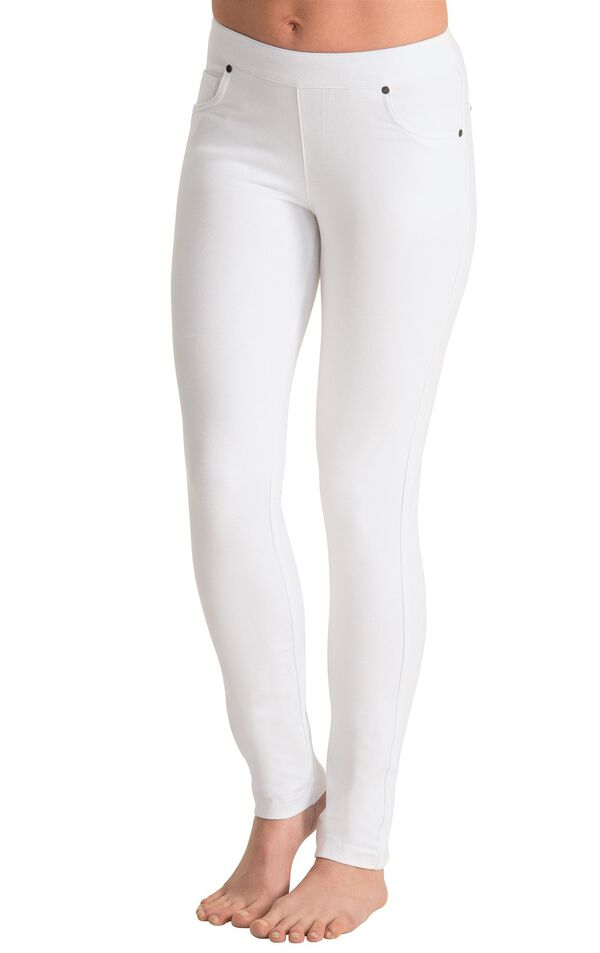 Model wearing PajamaJeans - Skinny White image number 0