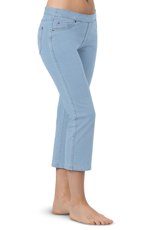 Model wearing PajamaJeans Capris - Clearwater  Wash image number 0