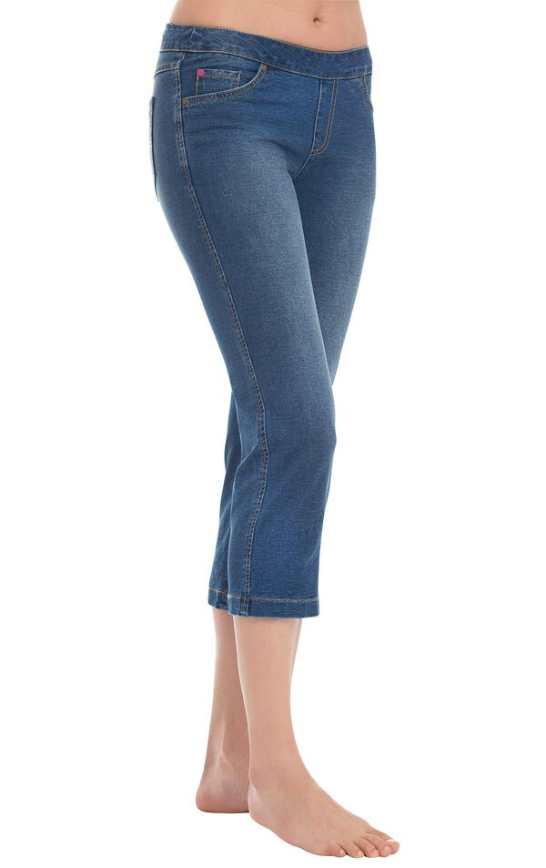 Model wearing PajamaJeans Capris - Bluestone Wash image number 0