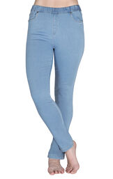 Model wearing PajamaJeans - High-Waist Skinny Clearwater image number 0