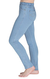 Model wearing PajamaJeans - High-Waist Skinny Clearwater, facing to the side image number 2
